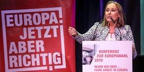 DGB-Landeschefin Anja Weber wirbt für Europawahl