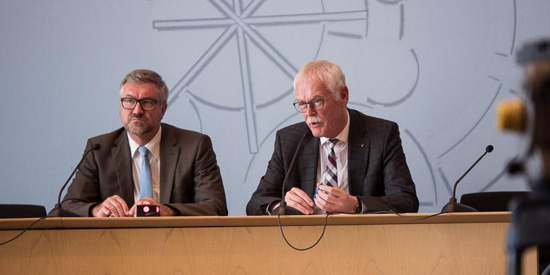 Christian Heine-Göttelmann (Diakonie RWL, l.) und Andreas Meyer-Lauber (DGB NRW) fordern einen sozialen Arbeitsmarkt für Nordrhein-Westfalen