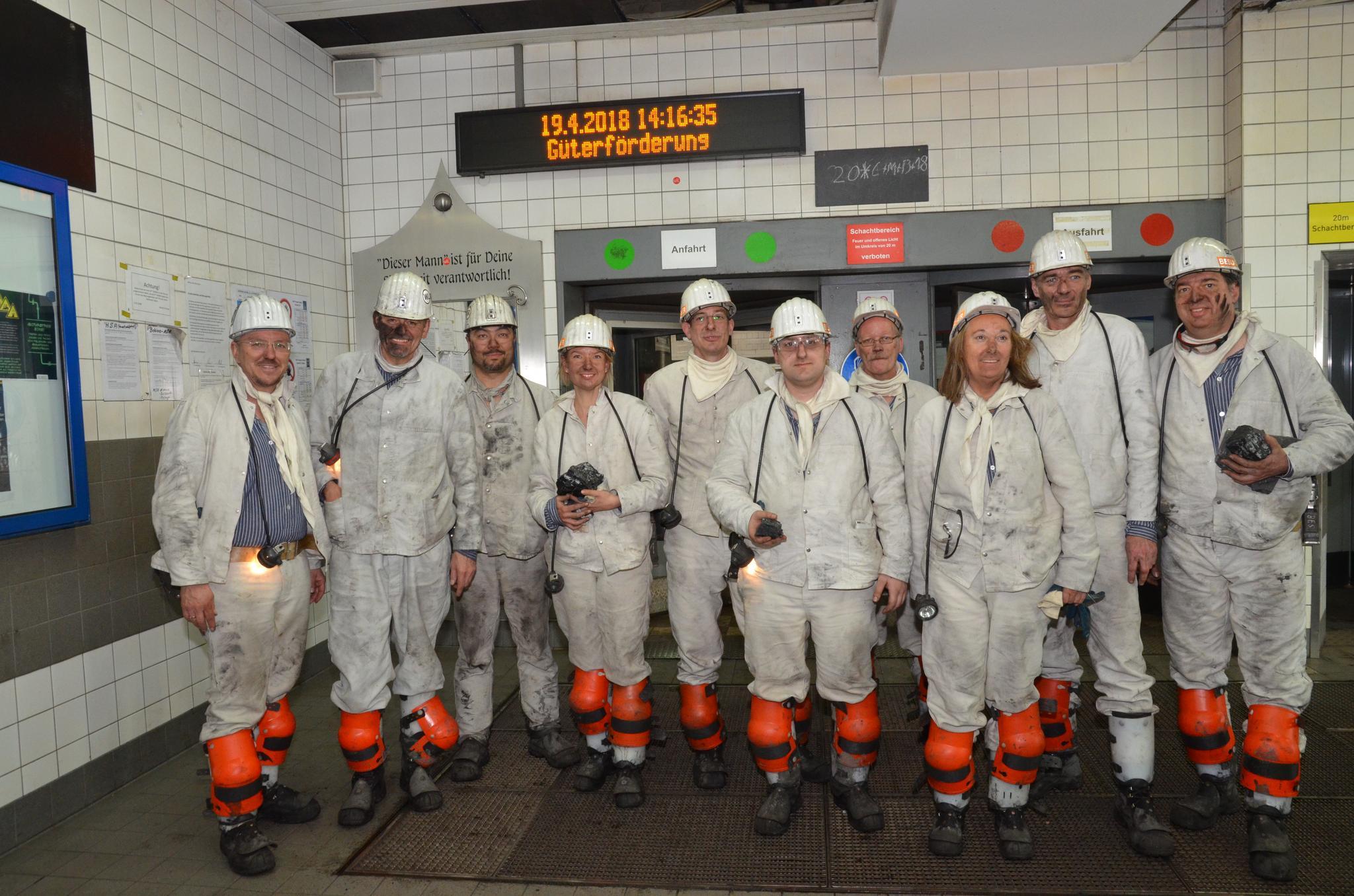 Nach der Grubenfahrt im Bergwerk Prosper-Haniel