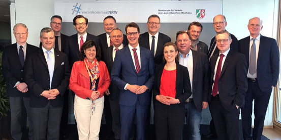 Bündnis für Mobilität NRW mit Minister Hendrik Wüst und Achim Vanselow (DGB NRW)
