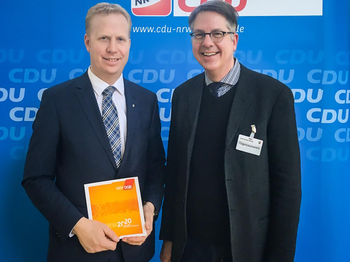 Henning Rehbaum (wirtschaftspolitischer Sprecher CDU-Fraktion NRW) und Achim Vanselow (Abteilungsleiter Wirtschaft DGB NRW)
