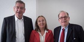 Arndt G. Kirchhoff (Präsident unternehmer nrw), Anja Weber (Vorsitzende DGB NRW) und Dr. Luitwin Mallmann (Hauptgeschäftsführer unternehmer nrw), v.l.