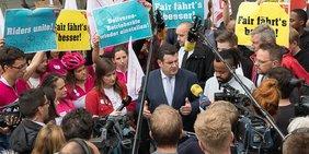 Fahrradkurriere mit Bundesarbeitsminister Hubertus Heil in Köln