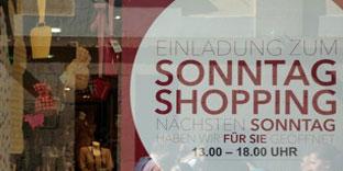 Schwarz-Gelb will Zahl verkaufsoffener Sonntage in NRW verdoppeln. Das belastet die Beschäftigten.