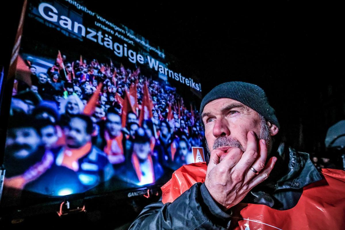 Bei ThyssenKrupp Rothe Erde in Lippstadt fand am 30. Januar einer der ersten ganztägigen Warnstreiks statt