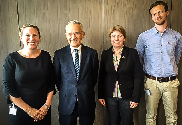 v.l.n.r.: Daniela Zinkann (DGB NRW), Chief Information Officer (CIO) Hartmut Beuß, Ute Lorenz (GEW NRW) und Philip Maximilian Reuther (ver.di NRW)