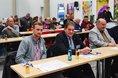 Die erste Ruhrkonferenz der Gewerkschaften findet in der Bochumer Jahrhunderthalle statt. Die Mitglieder aus Betriebs- und Personalräten des ganzen Ruhrgebiets diskutieren über Herausforderungen, mit denen die Menschen im Ruhrgebiet aufgrund des Strukturwandels kämpfen.