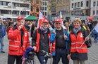 GEW-Mitgleider bei Warnstreik in Köln