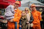 Familie von Grubenwacht bei 1.-Mai-Fest in Bottrop