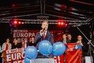 Frank Baranowski, Oberbürgermeister in Gelsenkirchen, spricht auf der Kundgebung.