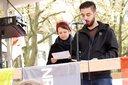 Die DGB Jugend Ruhr Mark ruft zweisprachig zu Solidarität mit Geflüchteten auf.