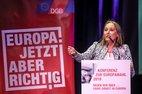 Anja Weber, Vorsitzende DGB NRW, ruft in ihrem Schlussstatement dazu auf, gemeinsam für die Teilnahme an der Europawahl zu werben.