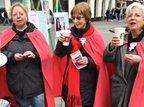 Gewerkschafterinnen zum Frauentag in Bonner Fußgängerzone