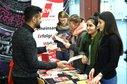 Informationsstand für bessere Studienbedingungen der DGB-Jugend an der Uni Bielefeld